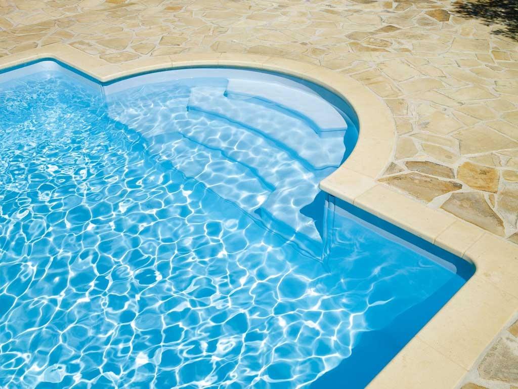 escaleras piscina romana